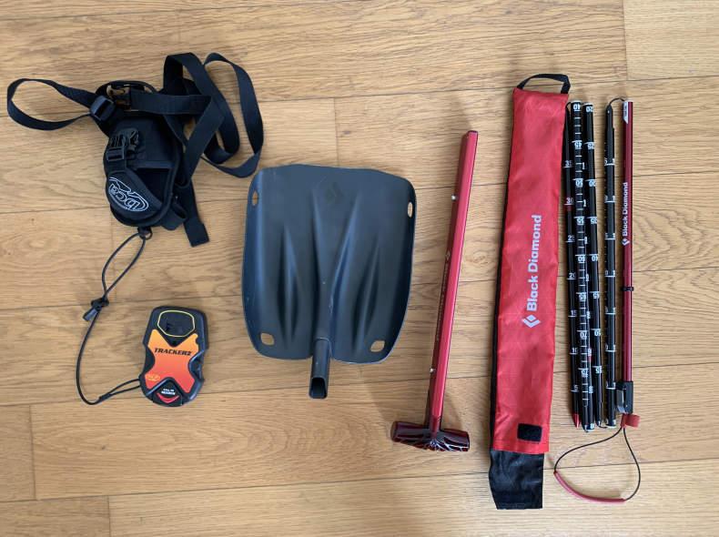 20905 Avalanche Beacon, Shovel, Probe