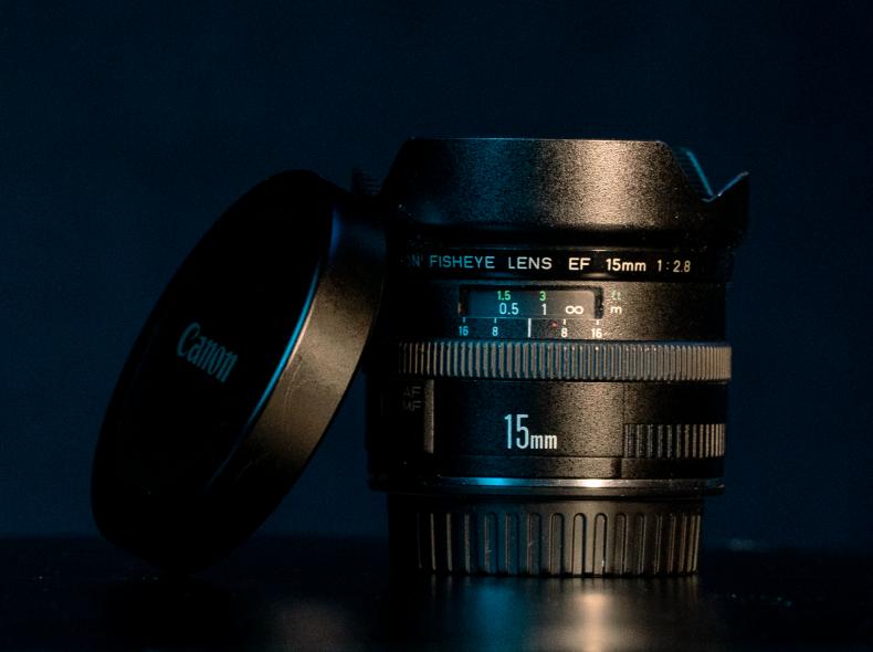 9418 Canon EF 15mm Fisheye