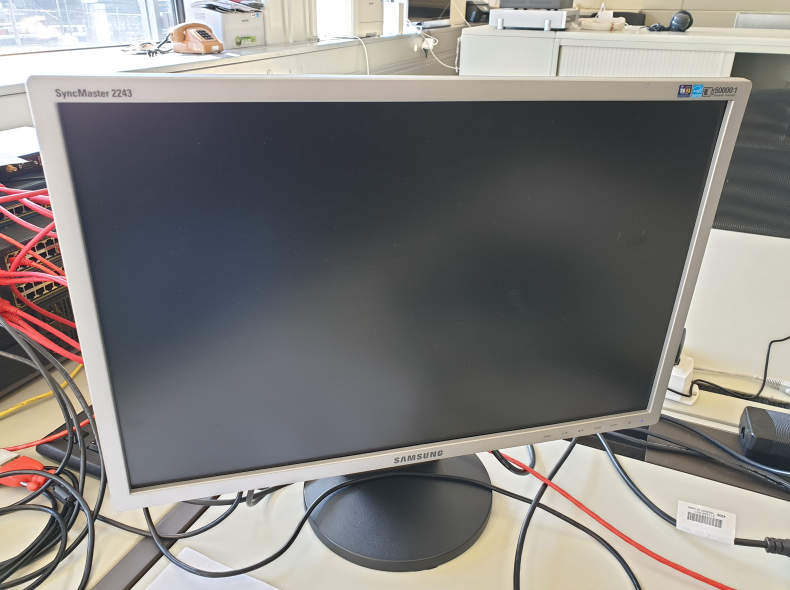 21523 PC-Monitor 22 Zoll Wide Screen