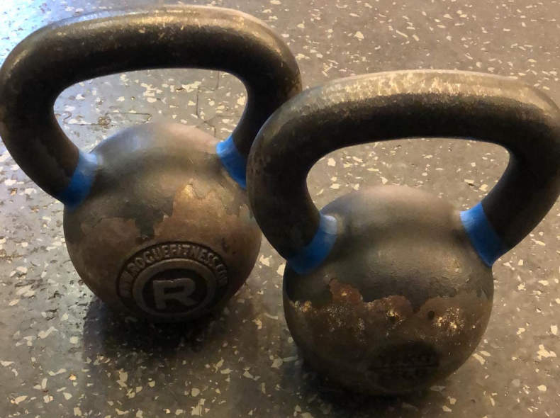 21719 Pair of Kettlebells