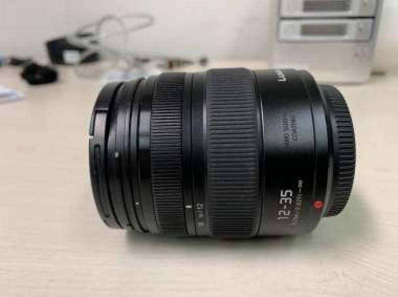 21980 Panasonic Lumix 12-35mm f2.8