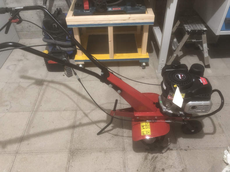 22119 Motorhacke / Bodenfräse
