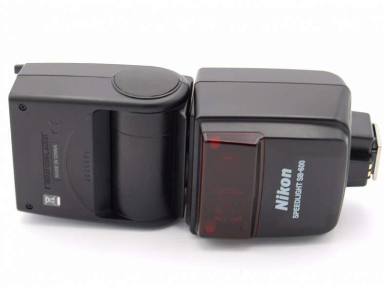 22136 Nikon SB-600