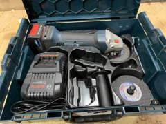 22461 Bosch Akku-Winkelschleifer