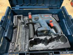 22462 Bosch Akku-Bohrhammer