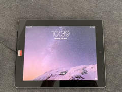 22722 iPad 2 Wi-Fi+ Cellular 32GB