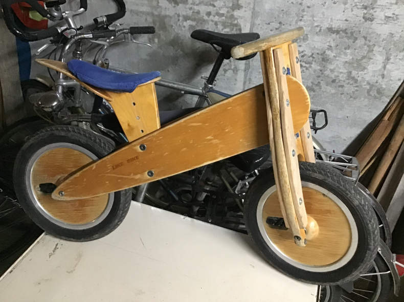 22779 Like e Bike / Laufrad
