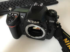 22866 Nikon D200 Body