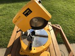 22902 Kapp- und Gehrungssäge für Holz