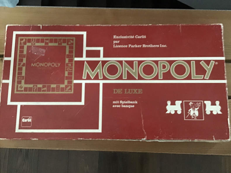 22931 Monopoly Spiel