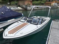 23079 Sportmotorboot Invader (Zugersee)