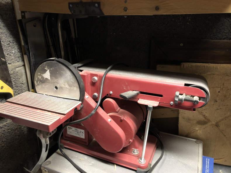 23123 Schleifmaschine
