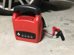 23282 Ladegerät für Autobatterie