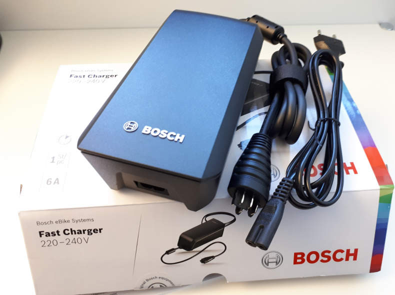 23612 Bosch Fast Charger eBike