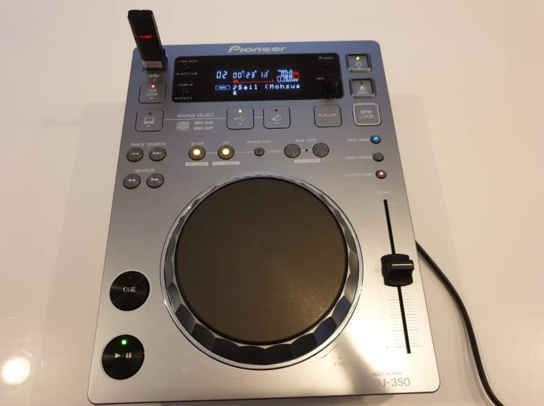 23933 Pioneer CDJ 350
