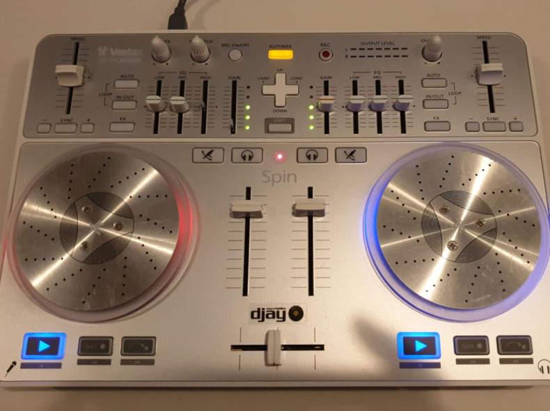 23936 Vestax Spin Dj Controller
