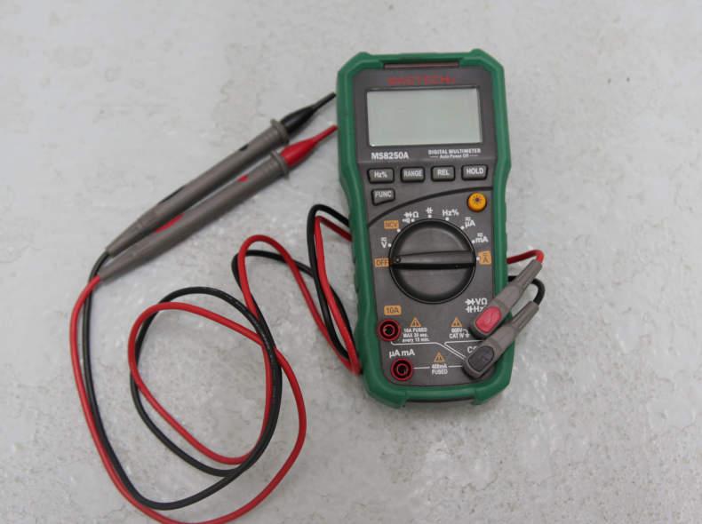 24065 Multimeter Messgerät