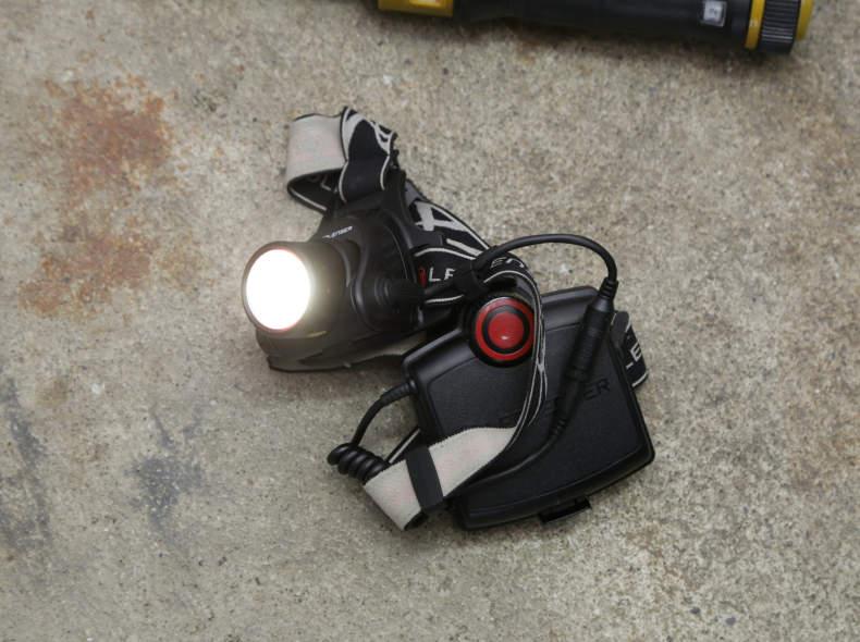 24079 Stirnlampe LEDLENSER