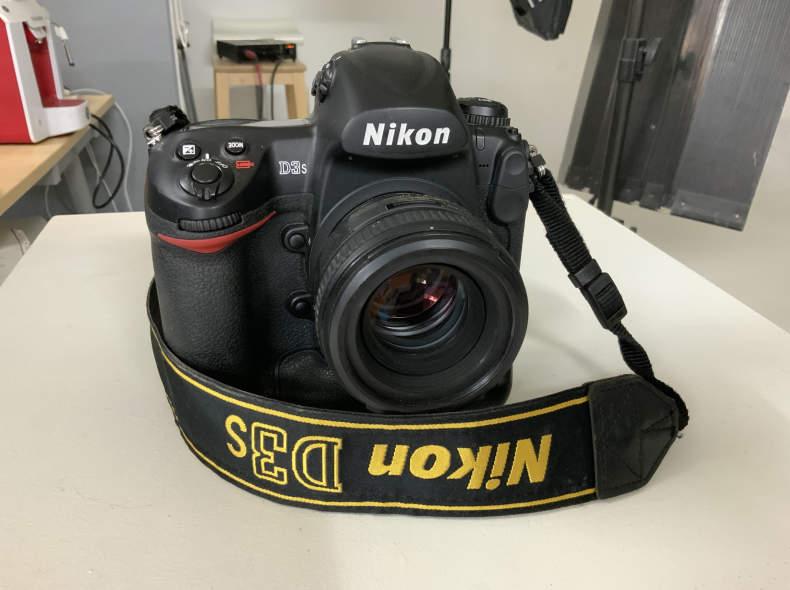 24492 Nikon d3s