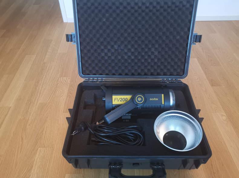 25017 Godox FV200 LIcht/Blitz mit Softbox
