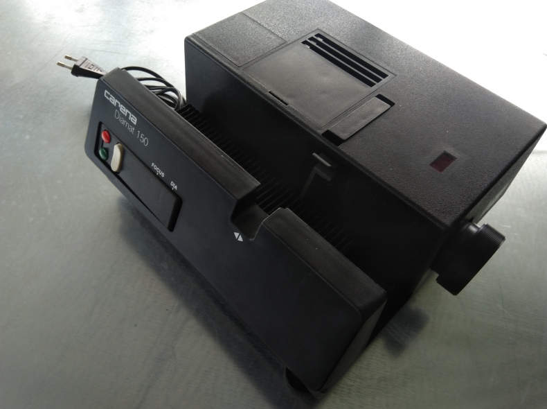 25473 Dia Projektor Carena Diamat 150