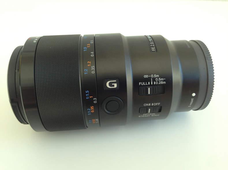 25680 Sony Makro Objektiv 90mm f/2.8 G OS