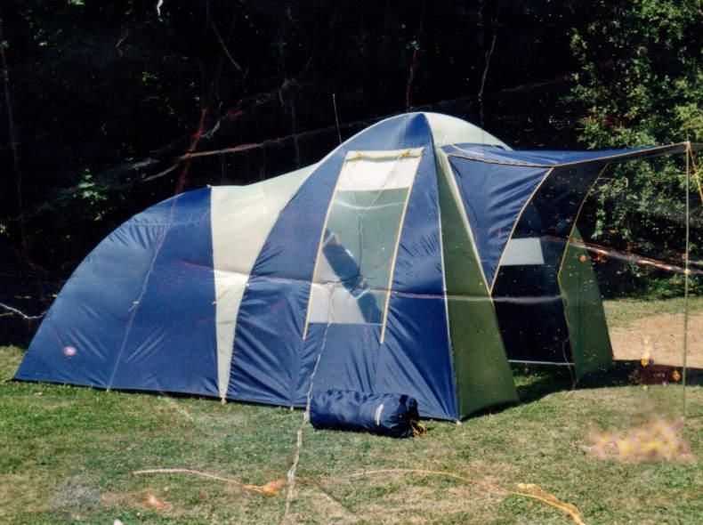 26390 Grosses Zelt
