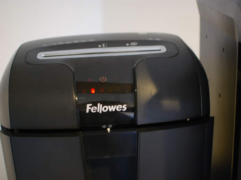 26426 Fellowes Aktenvernichter 73Ci