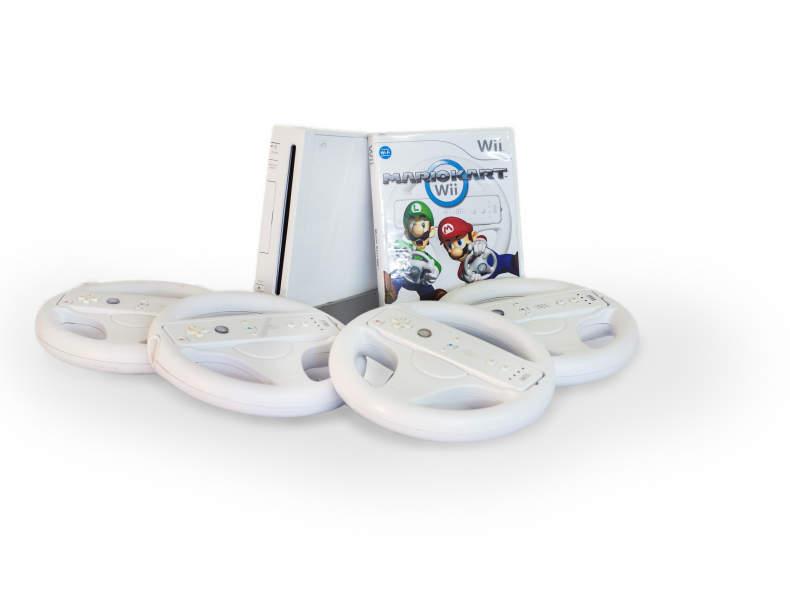 26477 Nintendo Wii mit Mario Kart + Sport