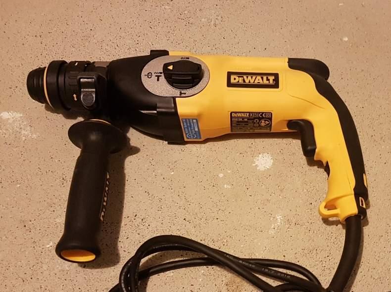 2792 Bohrhammer DeWalt