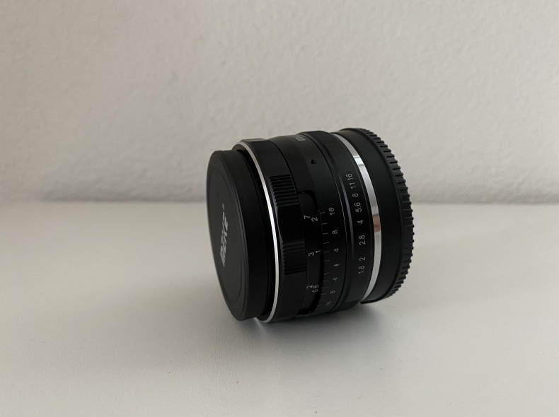 26941 Meike 25mm F1.8