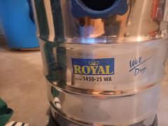 27455 Nass-Trockensauger von Royal