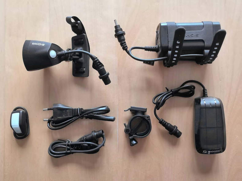 27652 Velo- / Helmlampe Sigma Buster 2000