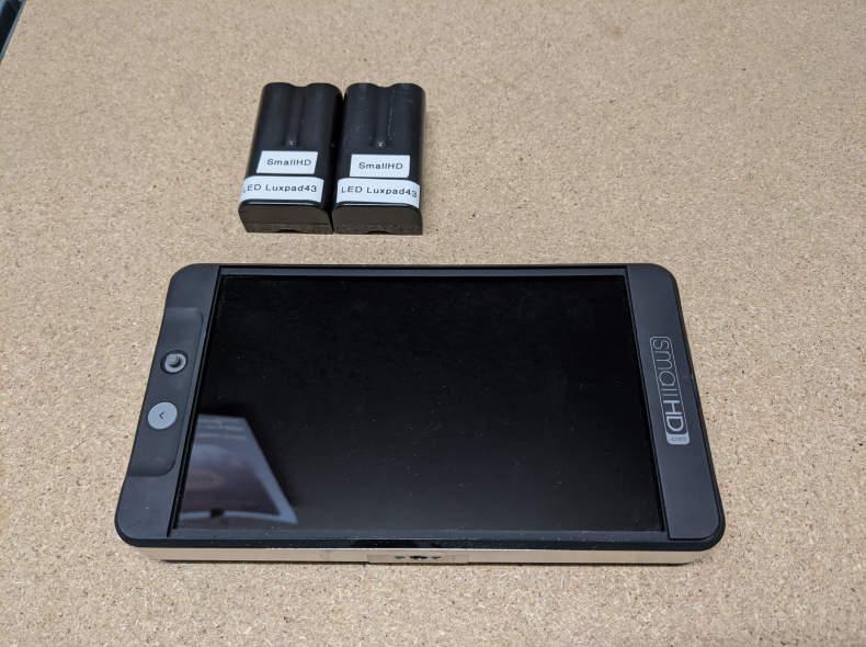 27714 SmallHD 702bright  Monitor