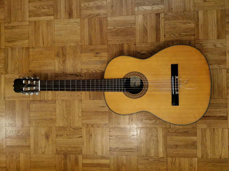 27914 Gitarre