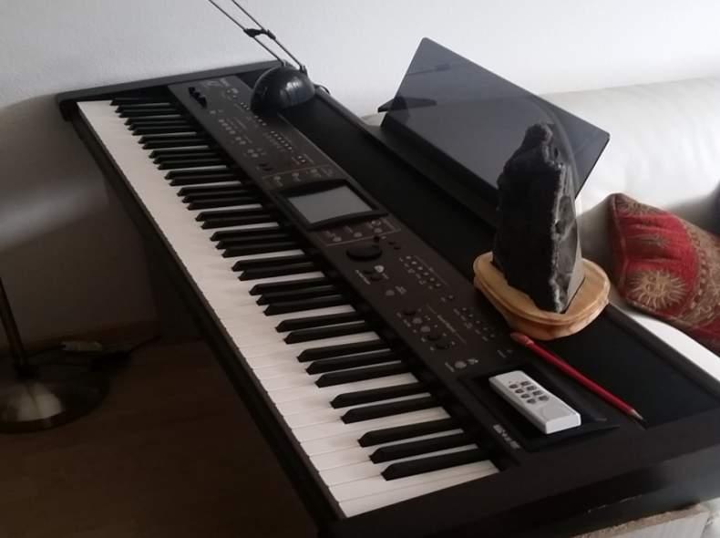 2932 E-Piano Roland