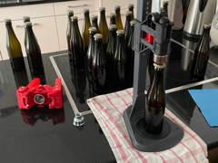 28442 Kronkorkapparat, bottle capper