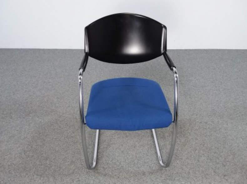 29102 Sitzungsstuhl Giroflex stapelbar