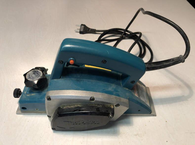 29475 Makita N1923B Elektrohobel 82 mm