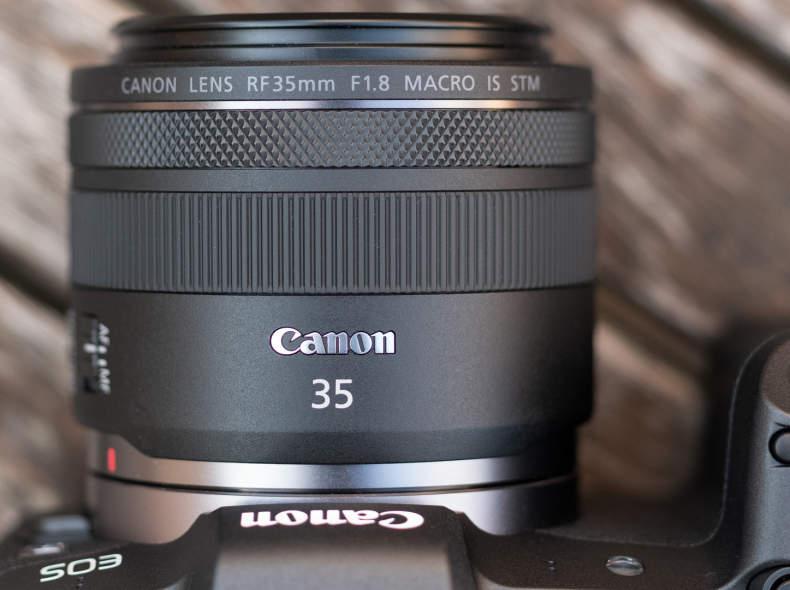 31173 Canon RF 35mm f/1.8 IS Macro STM