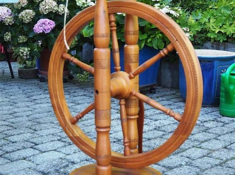 3277 Zweifädiges Spinnrad