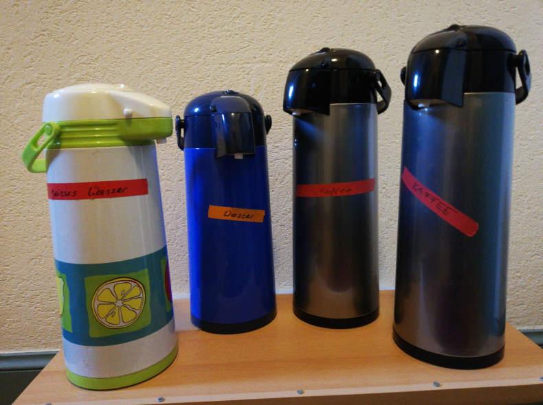 31481 Thermoskannen für Kaffee und Wasser