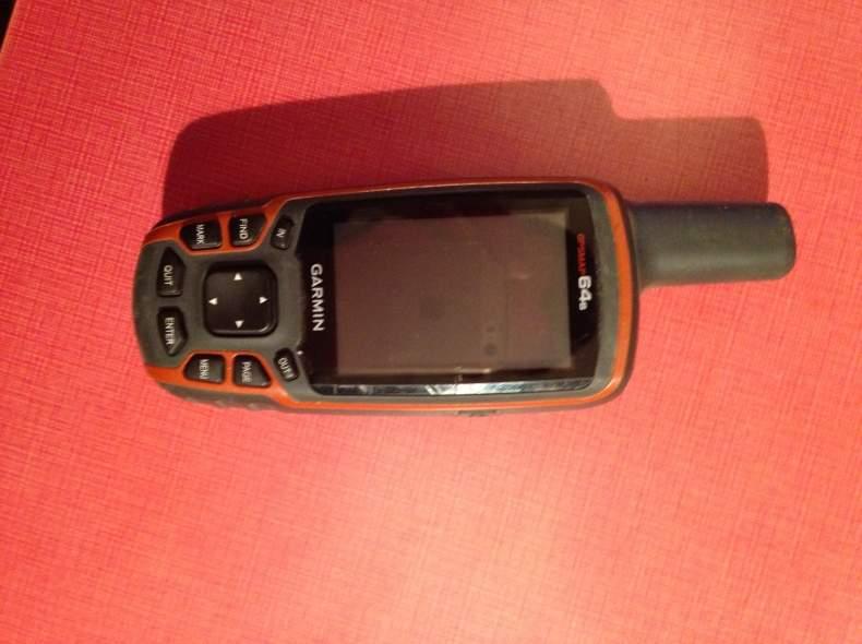 3303 Garmin GPSmap 64s