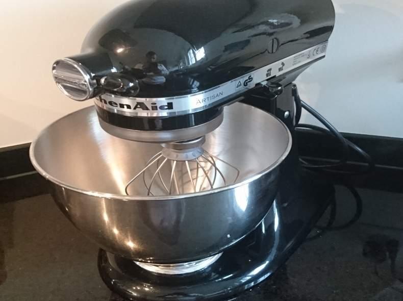 3377 Küchenmaschine Kitchen Aid Artisan
