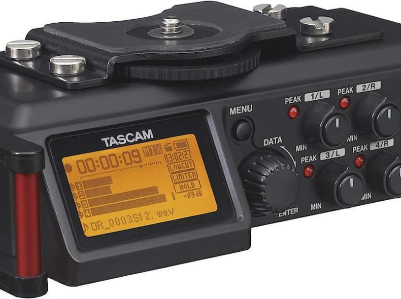 32688 Tascam DR-70D Audio Recorder