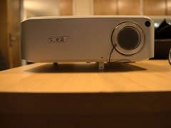 32800 Lichtstarker Beamer, Full HD, VGA