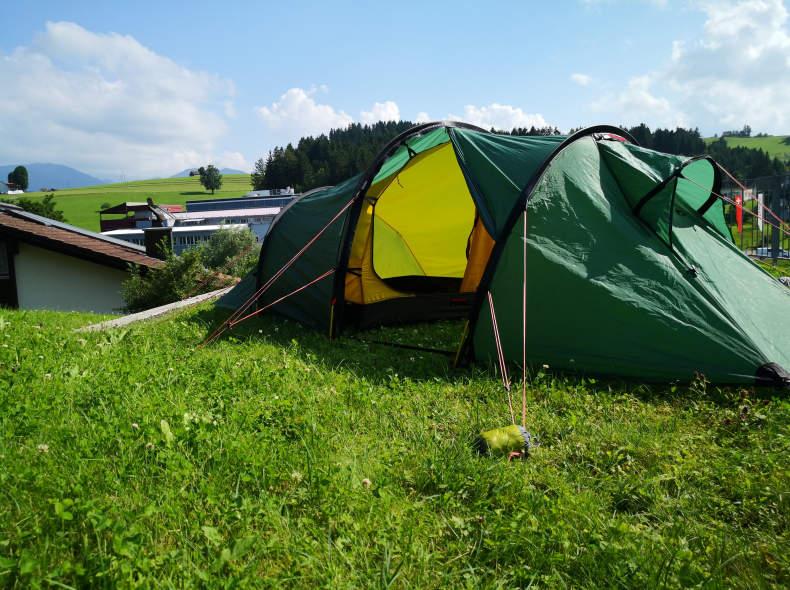 33053 Schlafsystem: Zelt, Matte, Kissen