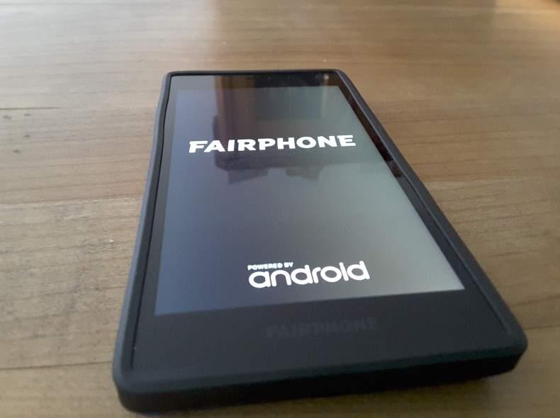 3526 Fairphone2