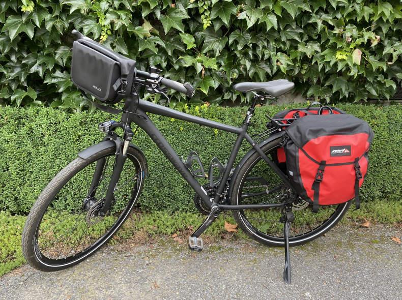 33341 Trekking-Tourenbike, Alu, gefedert