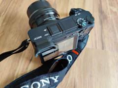 33614 Sony Alpha a6300 Kit + 64GB